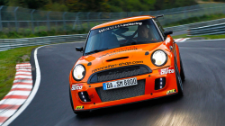 New Front Wheel Drive Nürburgring Record in a Mini
