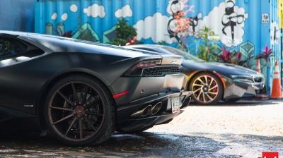 Miami in Matte Black McLaren 650S and Lamborghini Huracan