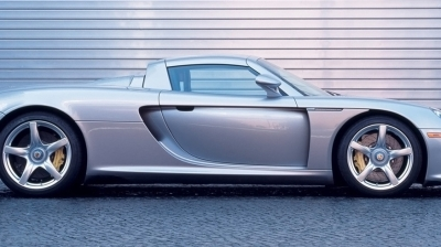 Eight Things You Didn't Know About the Porsche Carrera GT